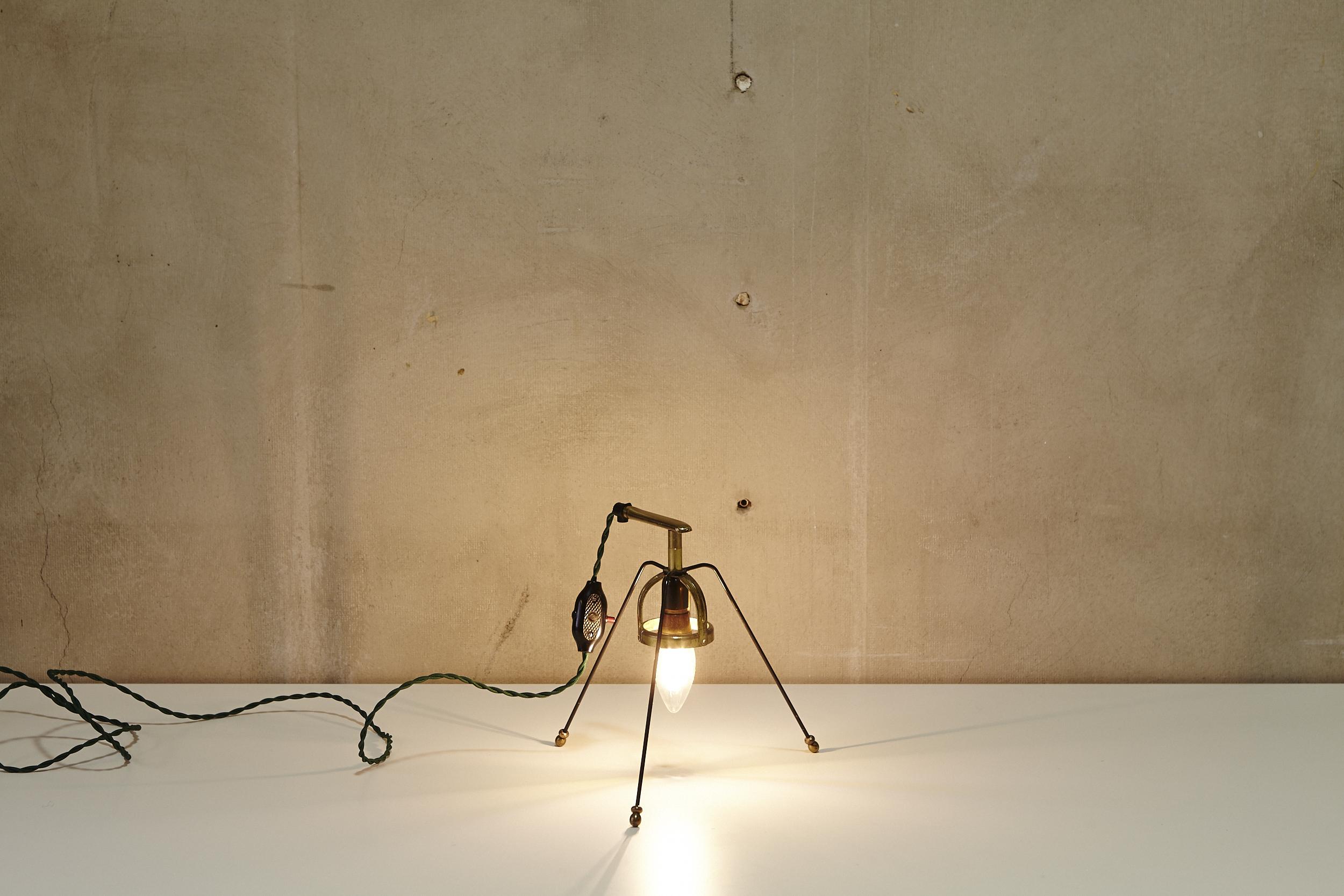Lichtobjekt DREIBEIN von Georg Emrich Diverses