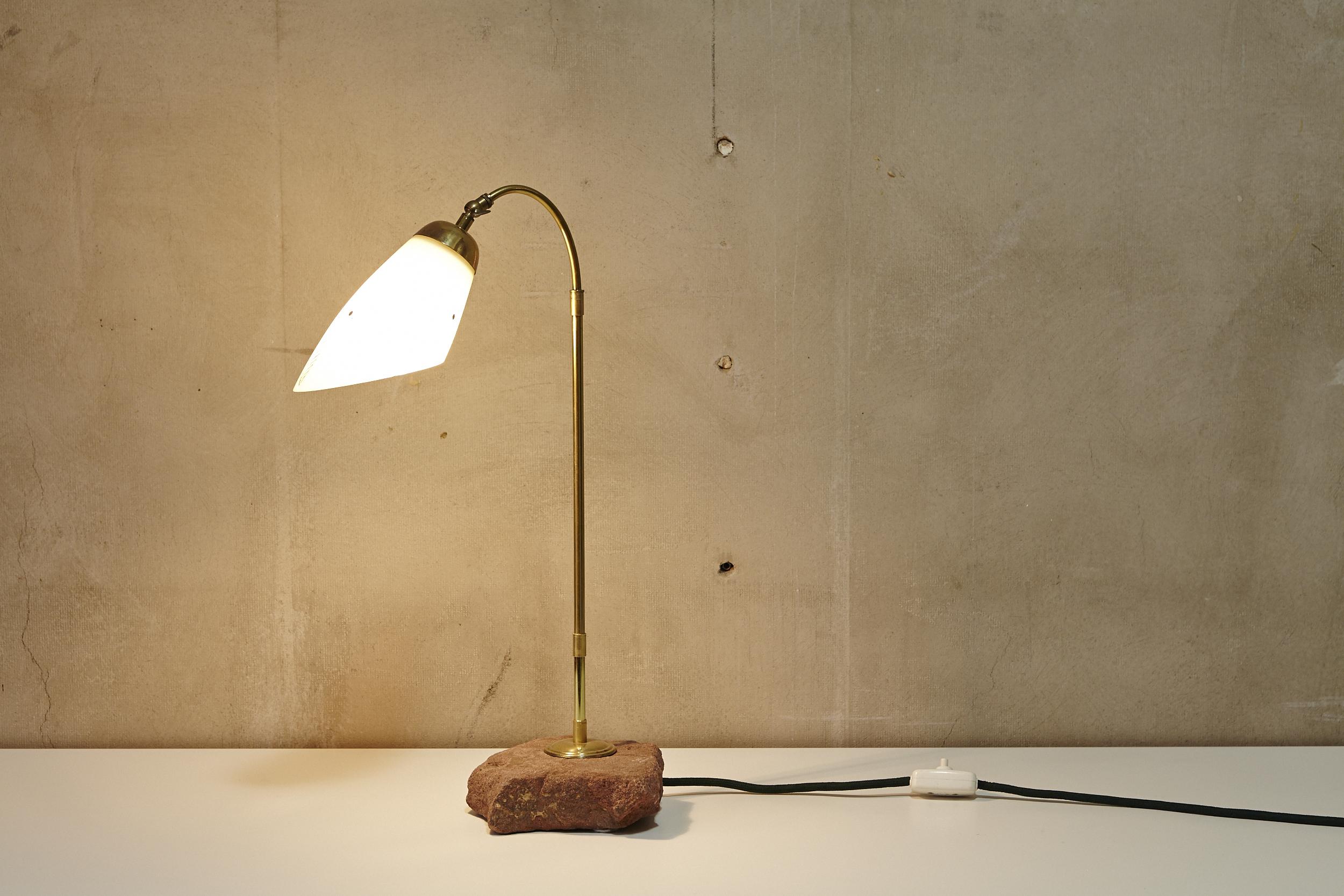 Lichtobjekt FINDLING von Georg Emrich Diverses